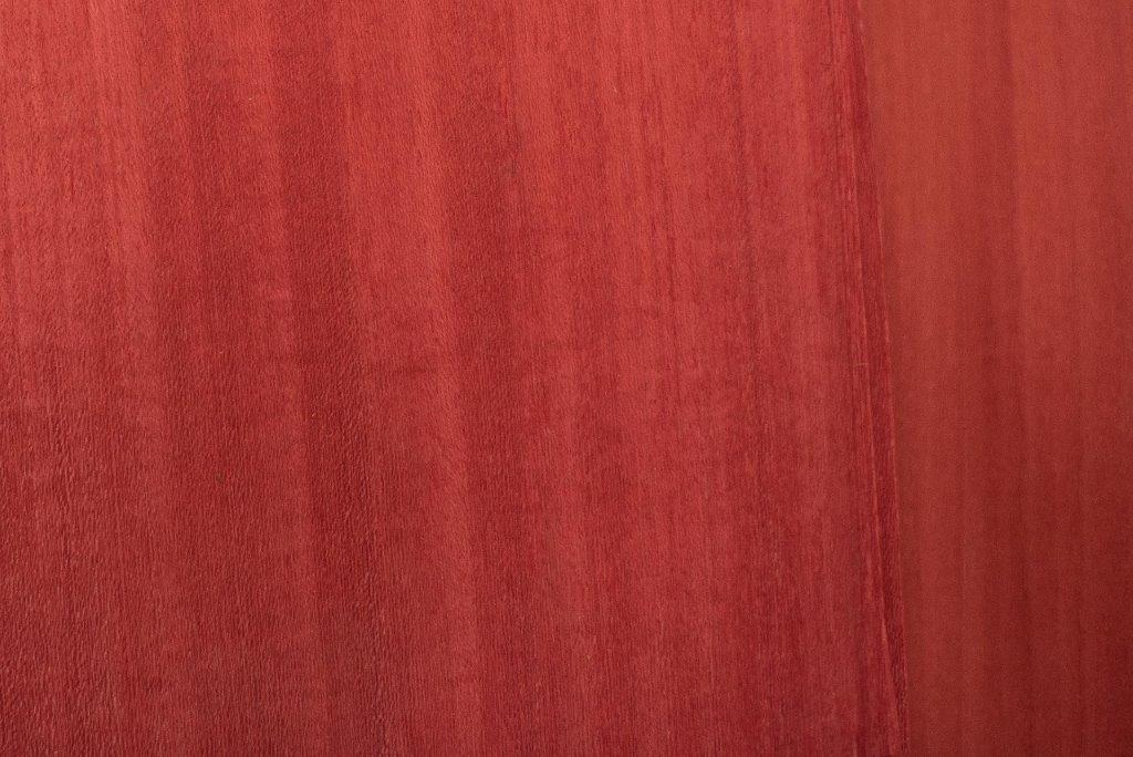 Veneers Dyed Red Tulip