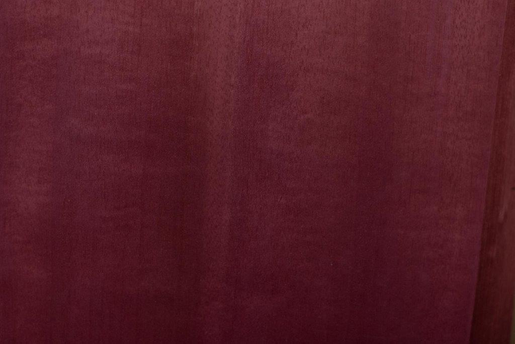 Veneers Dyed Burgandy Tulip