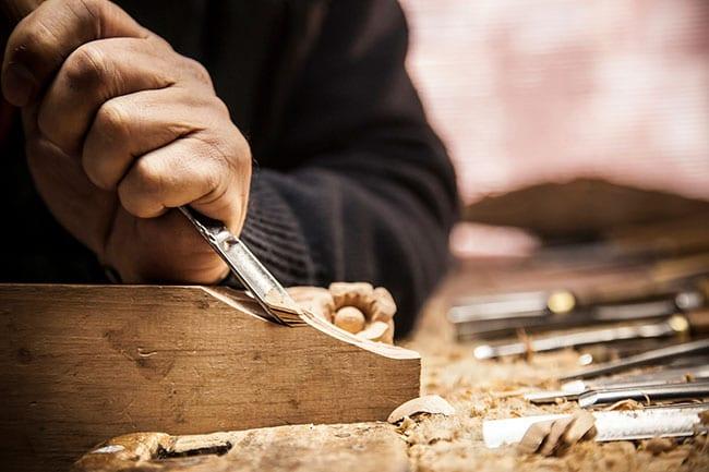 Top Benefits of Choosing Custom Veneer Woodworking